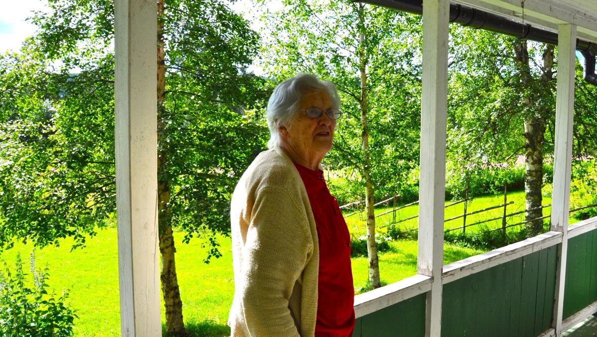 Astrid- Världens bästa mormor- Worlds bestgrandmother